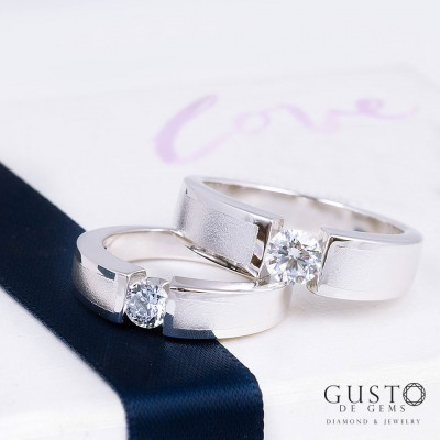 แหวนคู่เหมือน